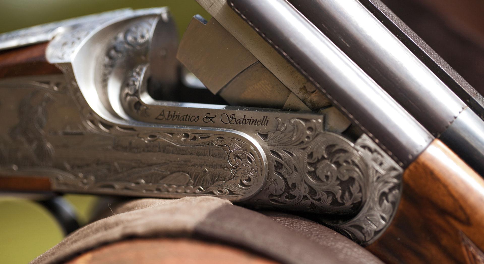 FAMARS-hero-gun